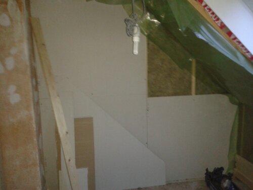 Der er lang vej igen med dette projekt, men her bliver en lækker grå væg - engang ;)